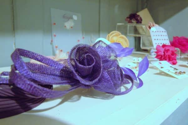Boutique Lune de Miel Accessoires Mariage 7 - Étagère d'accessoires colorés