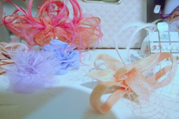 Boutique Lune de Miel Accessoires Mariage 8 - Étagère d'accessoires colorés