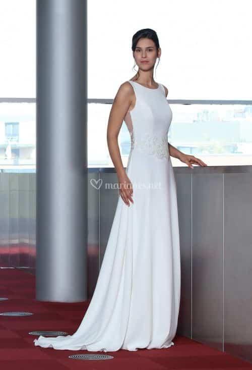 Créations Bochet Romy S robe glamour en crêpe dentelle calais coloris ivoire ou blanc taille 36 46 - Créations Bochet Romy S
