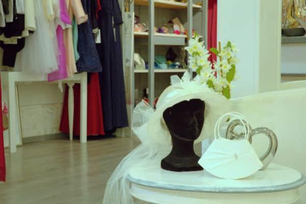 Ensemble chapeau et sac blanc - Ensemble chapeau et sac blanc