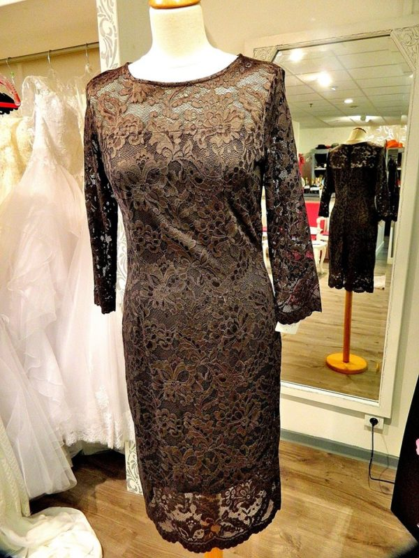 Fashion New York AG1654 robe courte en dentelle fine coloris chacal taille 40 195€ au lieu de 229€ 1 - Fashion New York AG1654