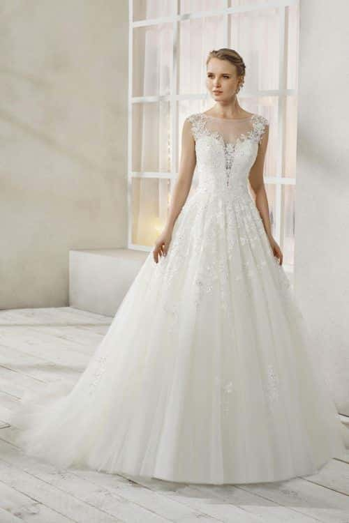 Miss Kelly Miss Hermès robe tulle dentelle coloris ivoire ou blanc taille 36 46 - Miss Kelly Miss Hermès
