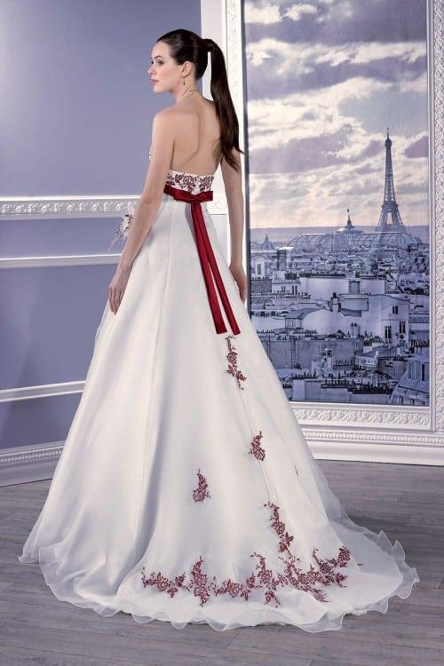 Miss Paris Montmartre vue de dos - Miss Paris Montmartre