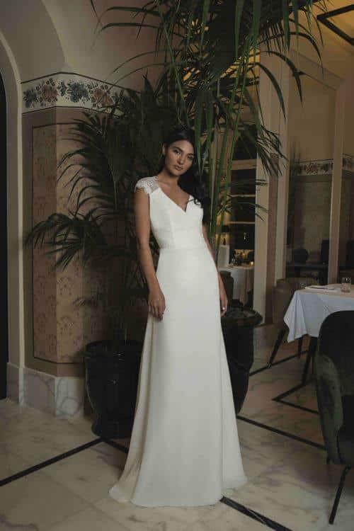 One Only Maëlys robe bohème en crêpe et dentelle coloris ivoire ou blanc taille 36 46 - One & Only Maëlys