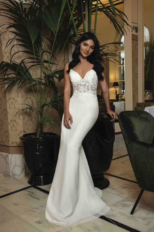One Only Onaëlle robe glamour en crêpe dentelle coloris ivoire ou blanc taille 36 44 - One & Only Onaëlle