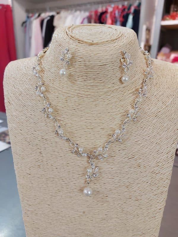 20201209 124836 - parure collier et boucle d'oreille en argent, perles et cristal