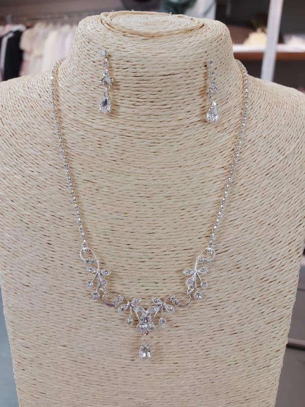20201215 172701 - Parure collier et boucle d'oreille en argent et zirconium