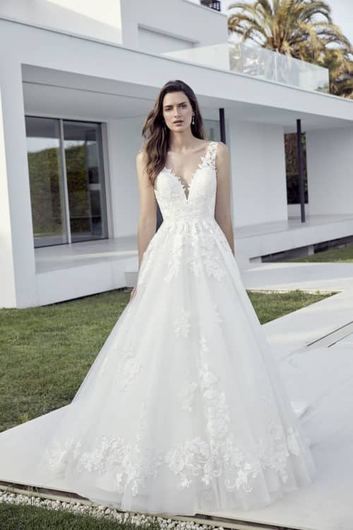 222 01 4742 500x750 1 - Divina Sposa Léana